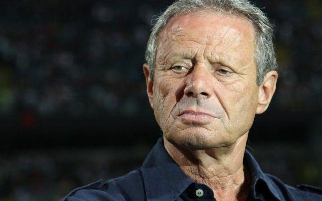 Clamorosa decisione di Zamparini; non era mai accaduta una cosa del genere Clamoroso a Palermo. Dopo l'ennesima sconfitta contro la Lazio e la retrocessione che diventa sempre più un incubo per i tifosi rosaneri ecco che pochi minuti fa è arrivata una notizia che ha del cla #palermo #allenatore #zamparini