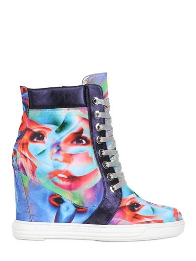 Urban Sneakers For Her - Surrealism by Gianmarco Lorenzi