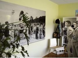 Come arredare le pareti con quadri e fotografie: la cornice in alluminio.  #Home #Design #furniture #cornice #picture #painting