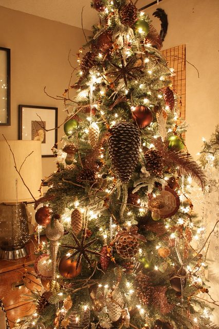 103 Best Christmas Trees Decor Bronze Copper Chocolate: brown and gold christmas tree