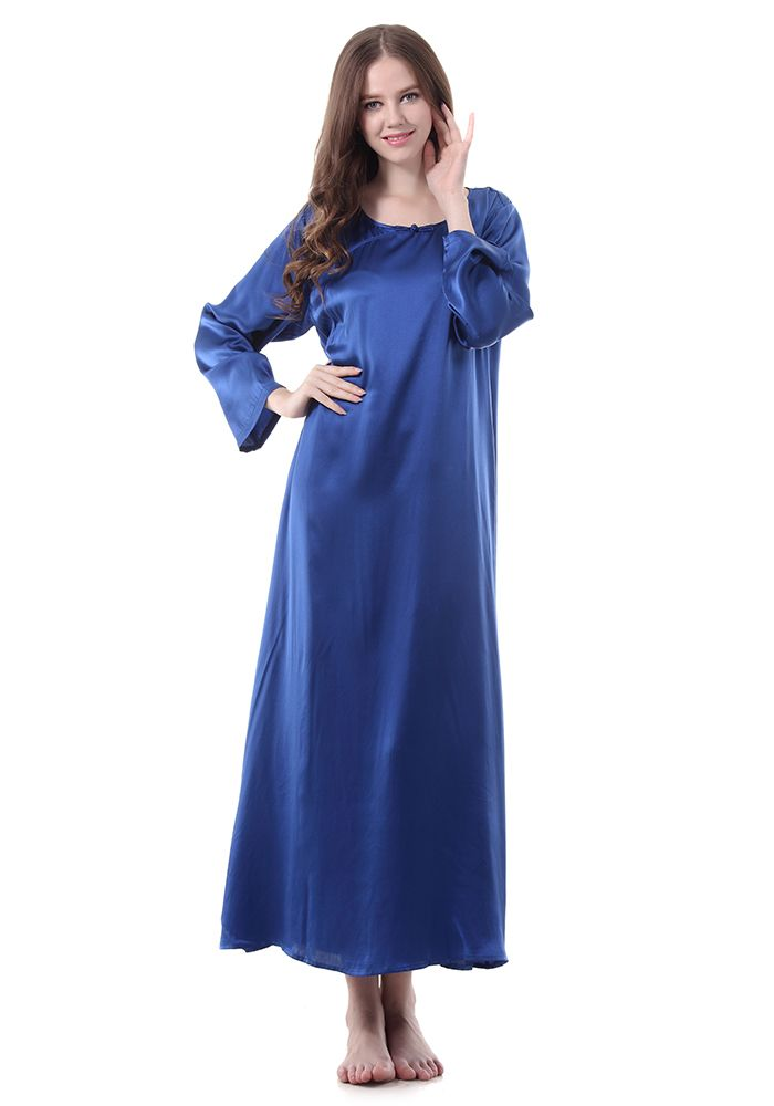 1000 images about satin in sleep on pinterest satin designer lingerie and nightgowns. Black Bedroom Furniture Sets. Home Design Ideas