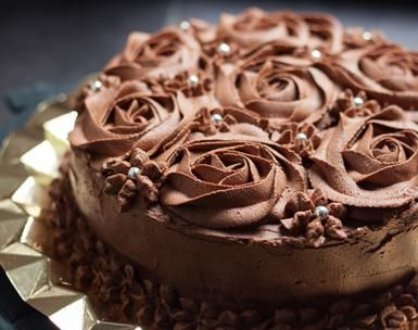 Make Your Own Homemade Cake Mix: Chocolate Cake with Roses