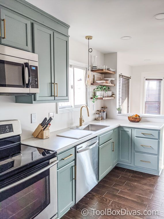 Before And After My Budget Kitchen Remodel Budget Kitchen Remodel Diy Kitchen Remodel Kitchen Design Small