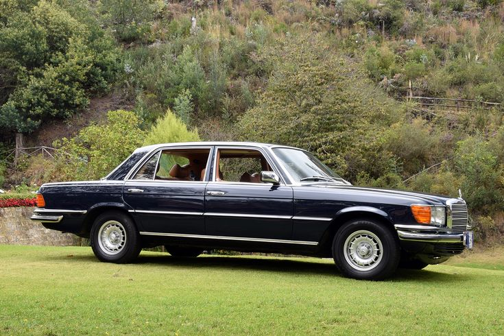 Mercedes benz 450 sel 6 9 w 116 1976 colegio claustro for Mercedes benz colombia