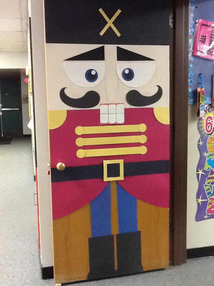 Door Decorating Contest At Work Looking For Something A Little