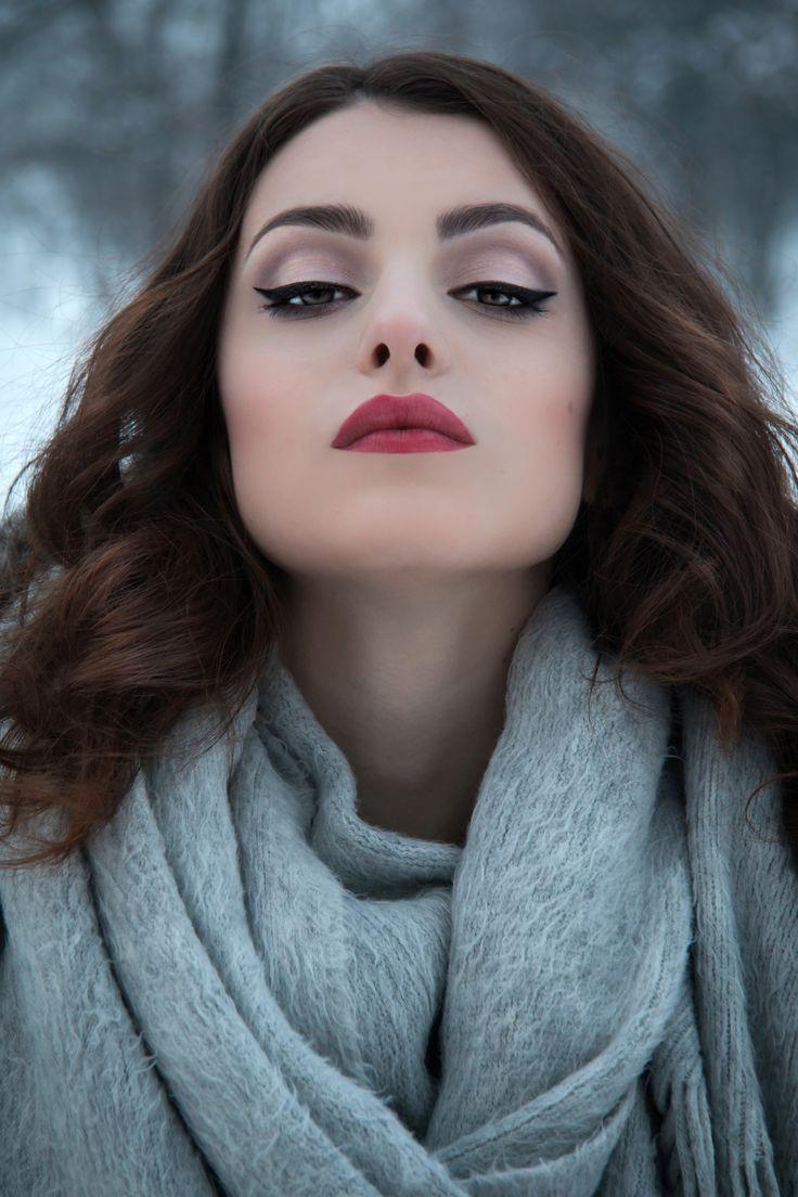 Model: Katarzyna Żurawska | Make-up: Kinga Buśko | Photo: Anita Kot #makeup #wizaż #makijaż #szkolawizazu #akademia_swich #SWiCH  Szkoła Wizażu i Charakteryzacji SWiCH