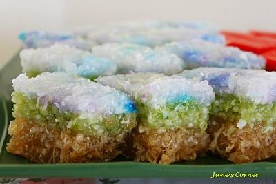Jane's Corner: 糕点聚餐(Kuih Lapis, Talam Sago, Durian Apam)