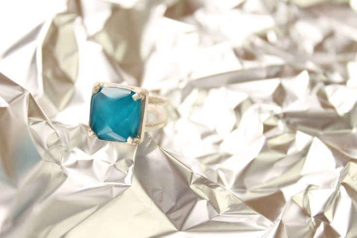 AF8 anillo facetado turquesa #heidipeiranojewlery #coleccioncristals