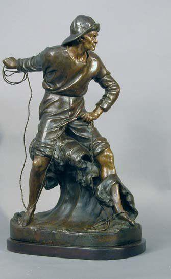 LE GULUCHE. Marin lançant une amarre. Régule à patine bronze signé sur