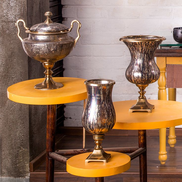 Give your house an alluring look by placing some of the finest home decor products in different corners of your house. Adopt a new style in rejuvenating your house with the help of Urban Haus.