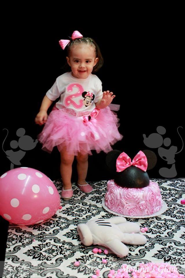 Minnie Mouse Photoshoot Idea Birthday Party Minnie Mouse