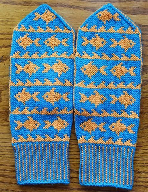 A Mitt Called Wanda - Fish mittens knitting pattern by WendyKnits available to download at LoveKnitting.