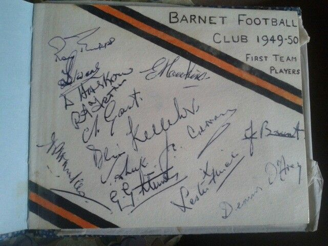 Autographs Barnet Football Club 1st Team 1949-1950
