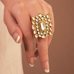 Exclusive kundan ring
