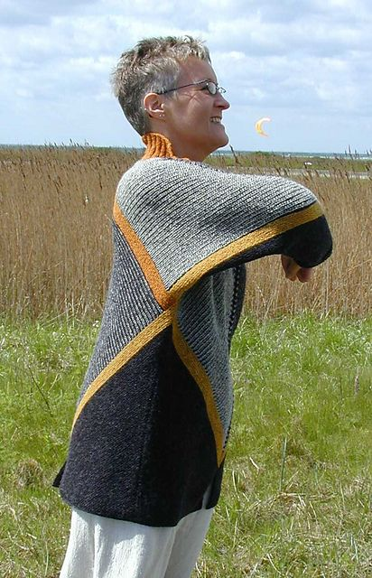 Ravelry: CITY pattern by Vivian Høxbro
