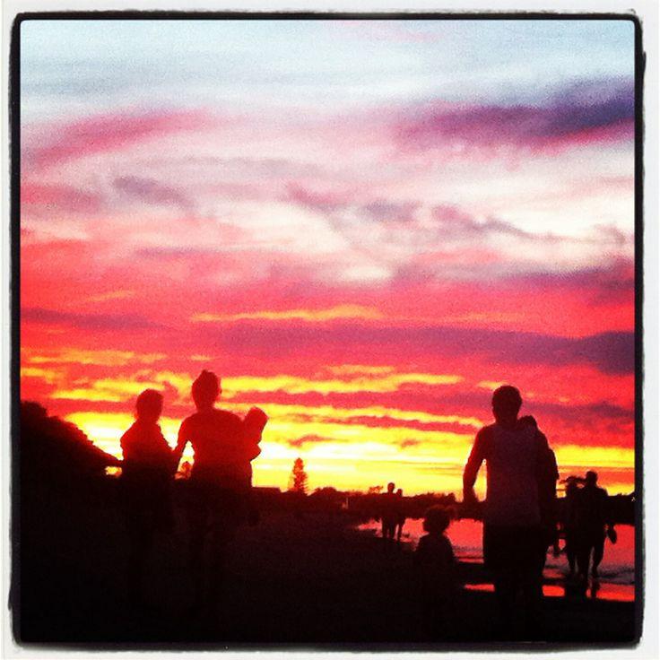 Sunset @ Rockingham Beach | Perth WA #spendlifeliving www.facebook.com/howtoSpendLifeLiving!! Photos taken by Jasmine Phillips
