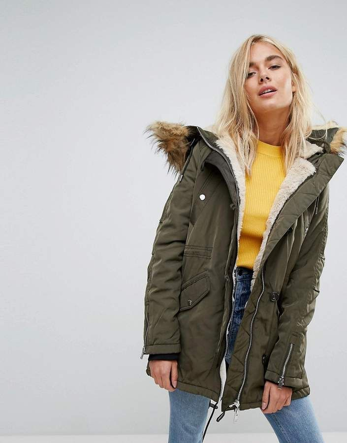 b61946ced0868 Bershka Parka Coat With Faux Fur Trim | Coats/Jackets in 2019 ...