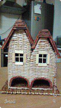 Поделка изделие Плетение Чайный домик Трубочки бумажные фото 1