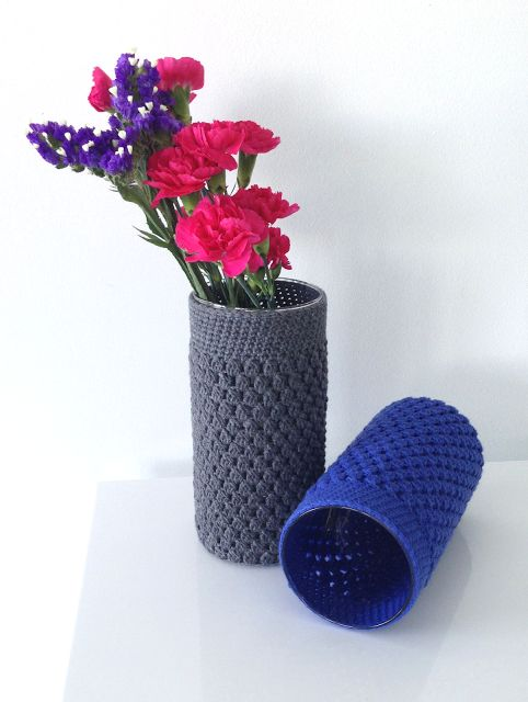 Miami Modern Crochet: Cluster Stitch Vase Cover - Free Crochet Pattern