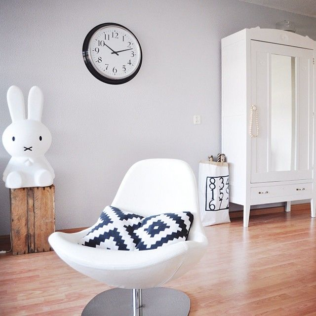 25 beste idee n over grijze muur kleuren op pinterest neutrale muurkleuren grijze - Deco salon warme kleur ...