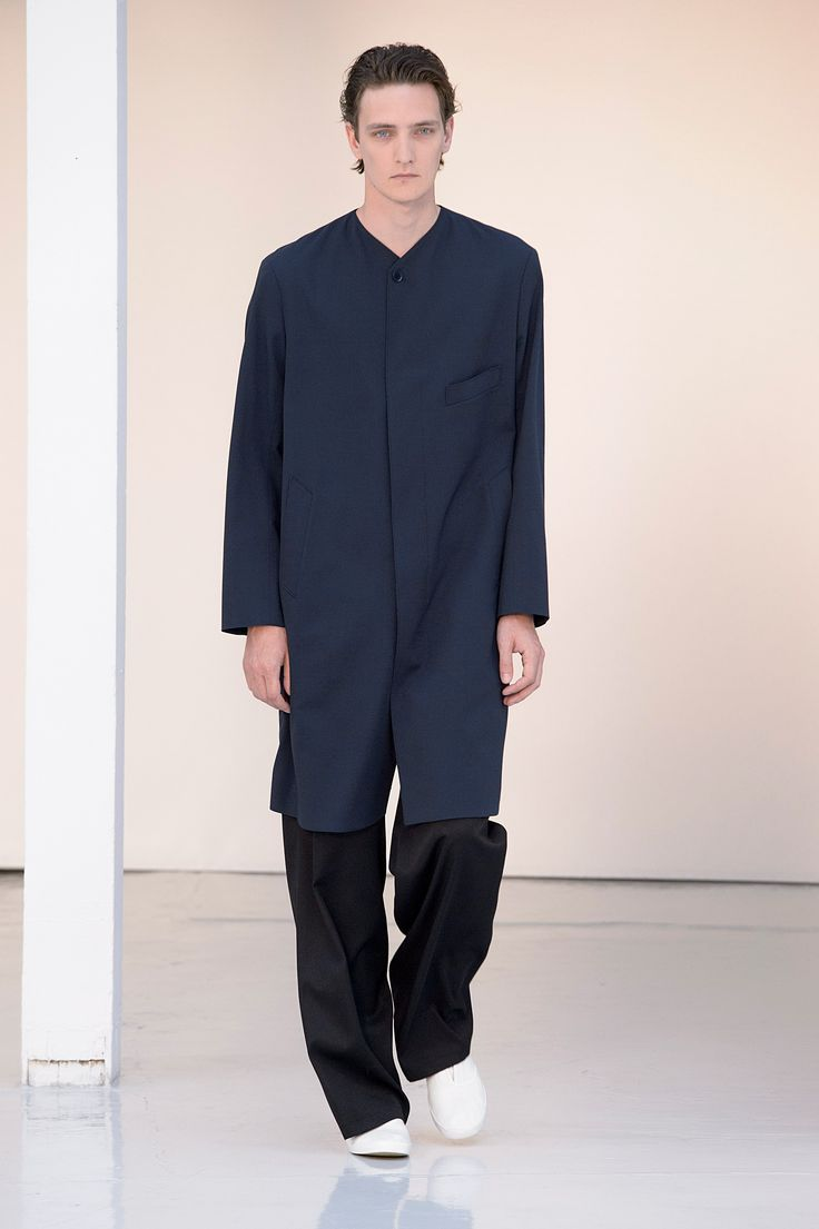 03. Collarless coat in cool wool gabardine, two-pleated large pants in lightweight virgin wool, slip-on in cotton denim #lemaire