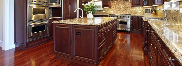 Laminate Flooring 101 - If you are looking for new flooring in Las Vegas, you may be looking at various options and trying to decide which might be best for your home. At Home Masters, we know that flooring makes a huge impact and can change the entire look and feel of your home.