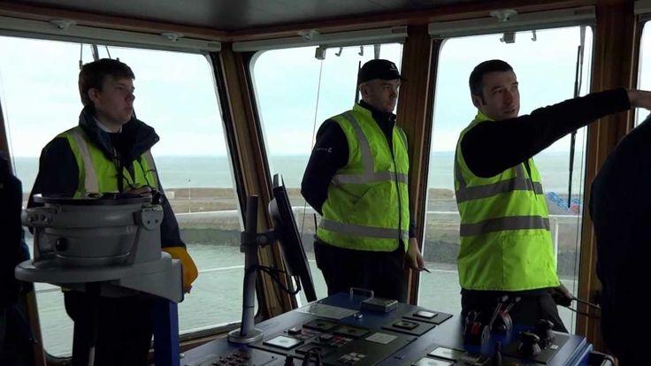 Sea Truck 'Clipper Panaroma' maneuvering in docks from the bridge - Part 1