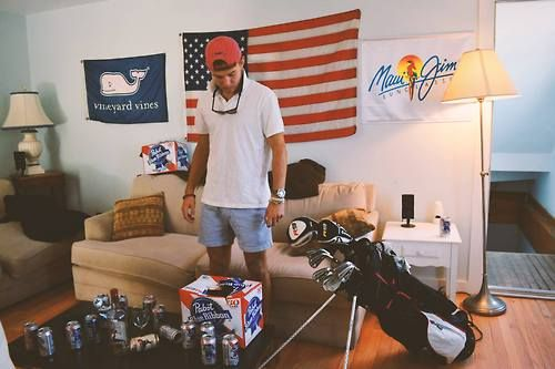 Can I please be invited to this boy's frat house!
