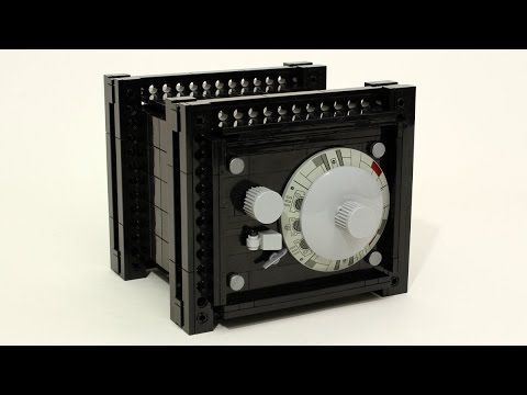 Working combination safe built from LEGO | The Brothers Brick | LEGO Blog