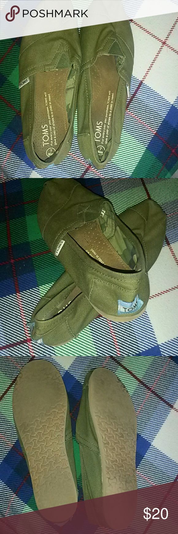 Toms Olive green. Size 7 Green camo on inside TOMS Shoes