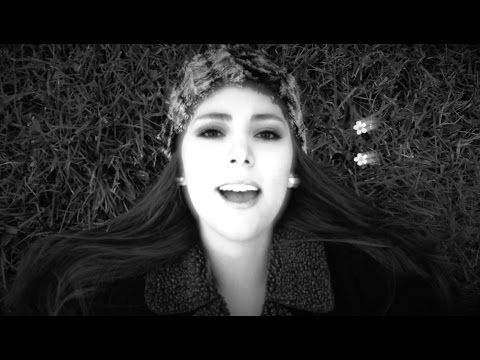 Hello - Adele - Caro Bermudez Cover (Spanish Version) (Version en Español) - YouTube