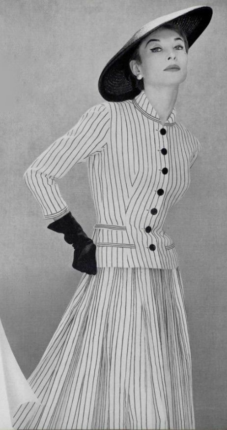 Chic stripes from Pierre  Balmain, 1955. #vintage #1950s #fashion