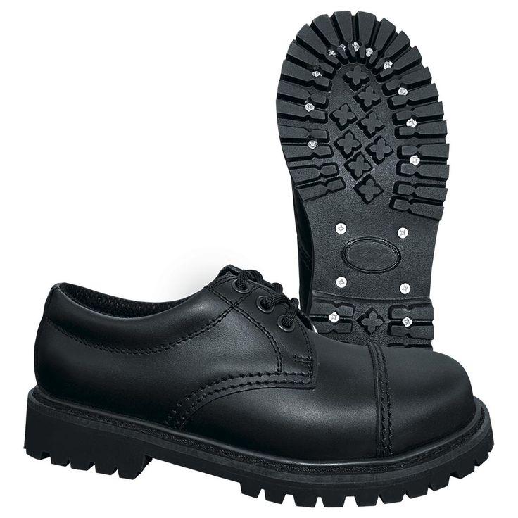 Brandits «Phantom 3 Hole»-sko er vannavvisende og lagd av ekte lær. For å holde dine føtter varme. Høyde: 7 cm, med stålkappe.