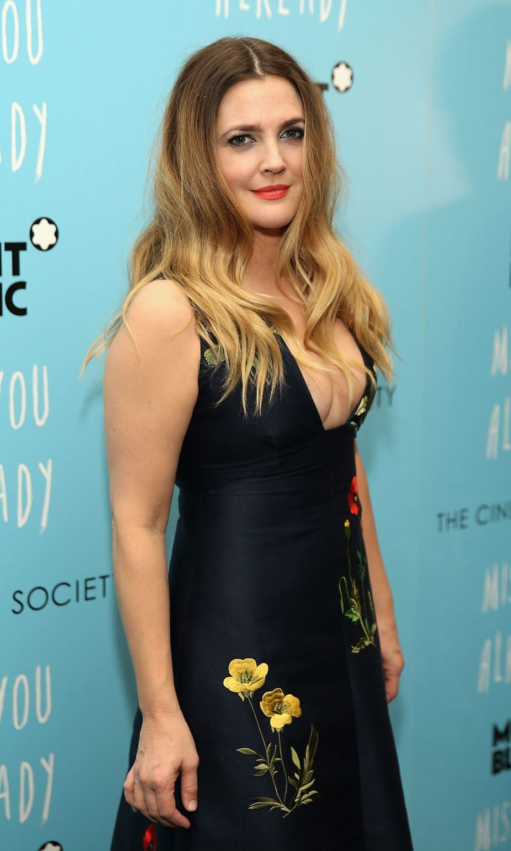 top ideas about drew barrymore age drew top 25 ideas about drew barrymore age drew barrymore style drew barrymore and celebrity moms
