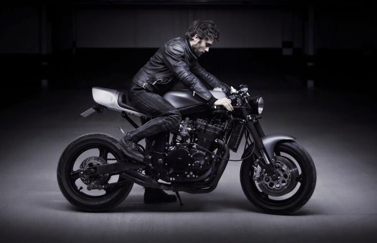 Le French Atelier Suzuki GSX-R 750 ~ Return of the Cafe Racers