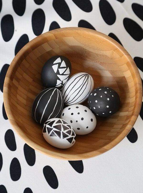 Black and white Easter eggs decoration ideas different styles and designs