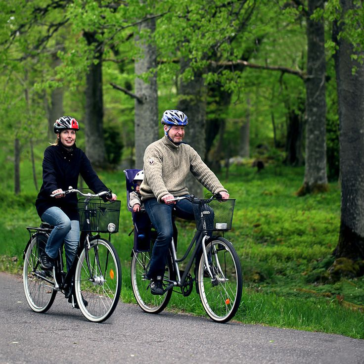 We have selected the most interesting sights and places. You will smell the forest and the lakes. Enjoy Småland's wilderness and tranquility. Whenever you see something interesting, just take a break and explore, then pedal on.  Try one of our complete packages, or combine any of our tours to create your own bicycle holiday. You bring the ideas, we take care of the rest!