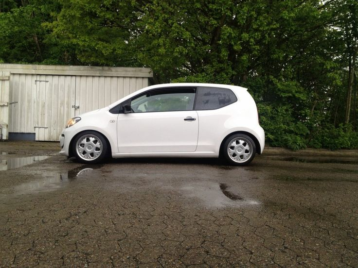 VW Up! 1.0 BMT 2014 Fælge: Keskin KT5. 8x15 ET30 4x100  Dæk: Continental Sportcontact 2 195/45/15   AP Gevindundervogn. Juhlkowitz.dk