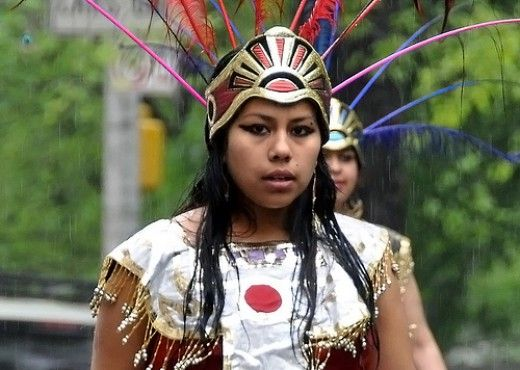 a look at the life and history of the aztec people Aztecs find a home: the eagle has landed what were life and culture like for the aztec people in the lesson considers the history of the aztec people of.
