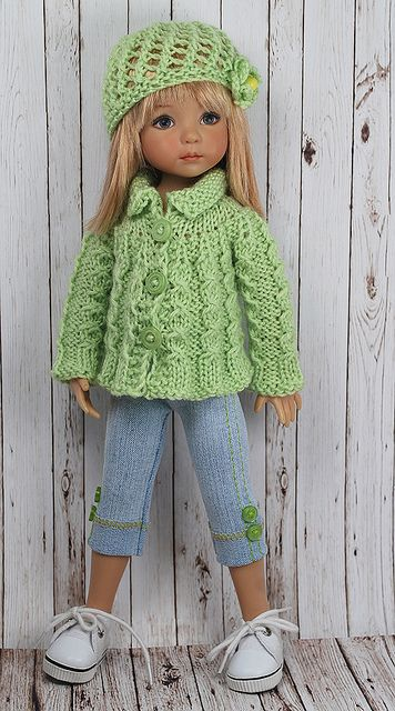 love the knitted outfit with jeans.