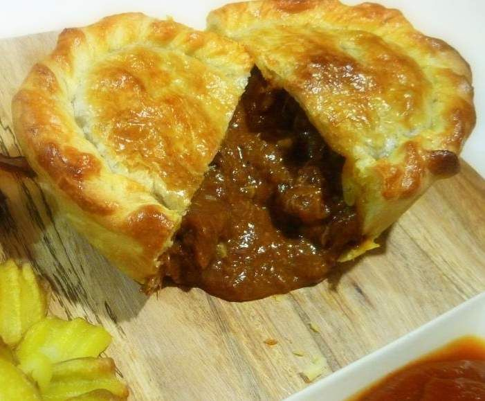 Recipe Best Ever Beef Pie by EbonyD - Recipe of category Main dishes - meat