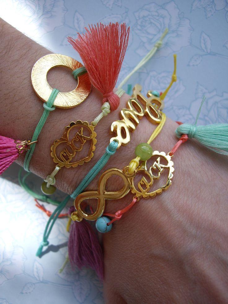 Βραχιόλια με μπρούντζινα ή μεταλλικά στοιχεία και άλλα διακοσμητικά. Κωδικός: 04056/2 #jewelleryfromourheart #jewellery #thessaloniki #accessories #fashionista #stylish #gift #handmaed #bracelets #colours #charms #beads #tassels
