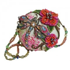 "Damsel in Flight Who doesn't love a beaded, colorful dragonfly on their handbag? We know Mary Frances fans sure do so this was created just for you! The unique round shape seems to take flight with the colorful flowers and dragonfly.   Matching belt and necklace available - please see ""other products"" below. $258.00: Bags Damsel, Flight, France Bags, Purse, Mary France, France Handbags, Accessories, France Damsel, Dragonflies"