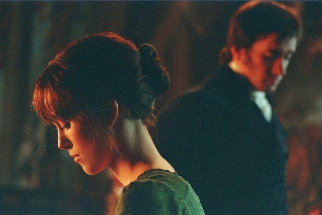 Still of Keira Knightley and Matthew Macfadyen in Περηφάνια και Προκατάληψη (2005)
