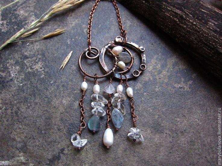 """Медное ожерелье """"Вензель"""" с жемчугом, лабрадором и горным хрусталём"""