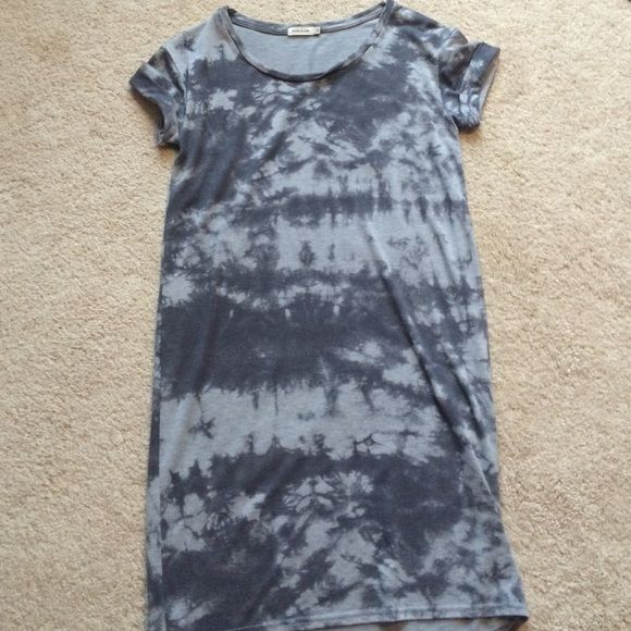 River island gray tye dye dress Never worn! No tags though. Can fit a 8 as well as 10 River Island Dresses
