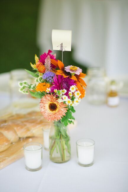 957 best rustic wedding centerpieces images on pinterest rustic country farm wedding with diy decorations junglespirit Image collections