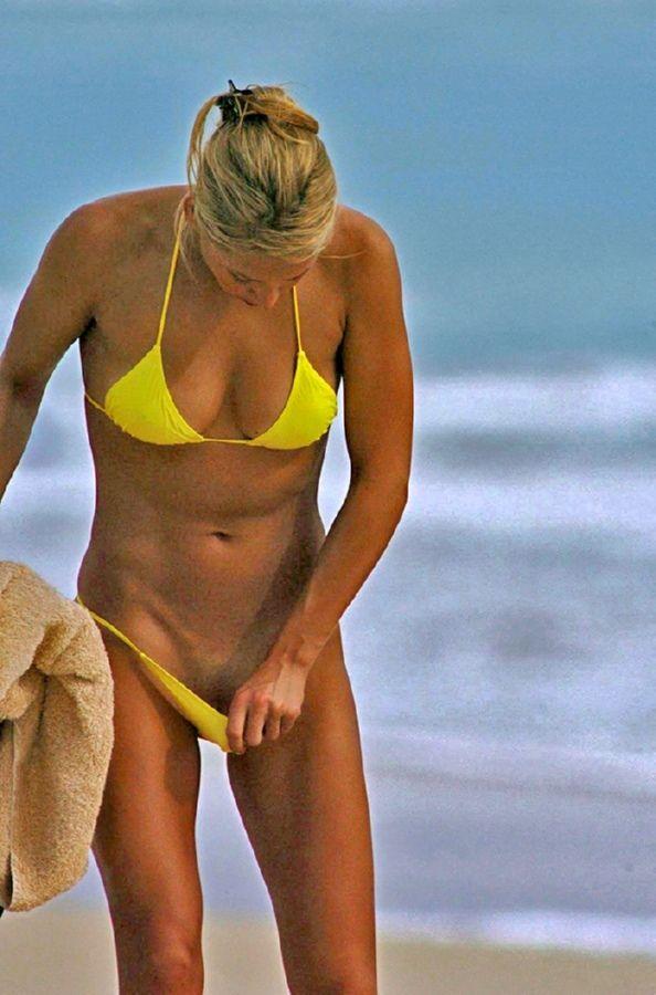 Kournikova nude beach anna