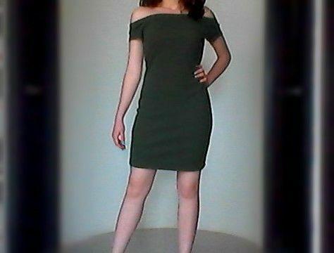 Perfecto para un día caluroso . marca del vestido vertiche