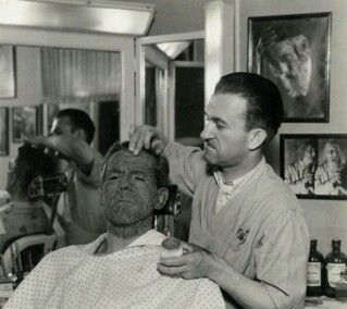 Jack Pierce transforming Boris Karloff into Imhotep - The Mummy (1932)